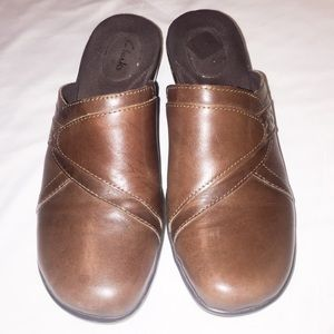 Clarks Women's Brown Leather Slip On Mules Clogs